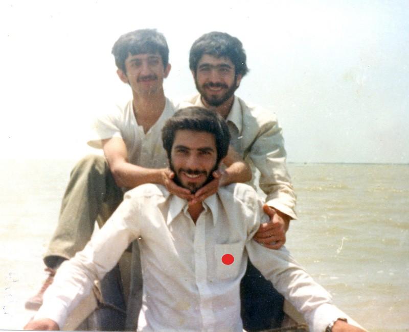 http://www.khatesorkh.ir/uploads/pictures/10518.jpg