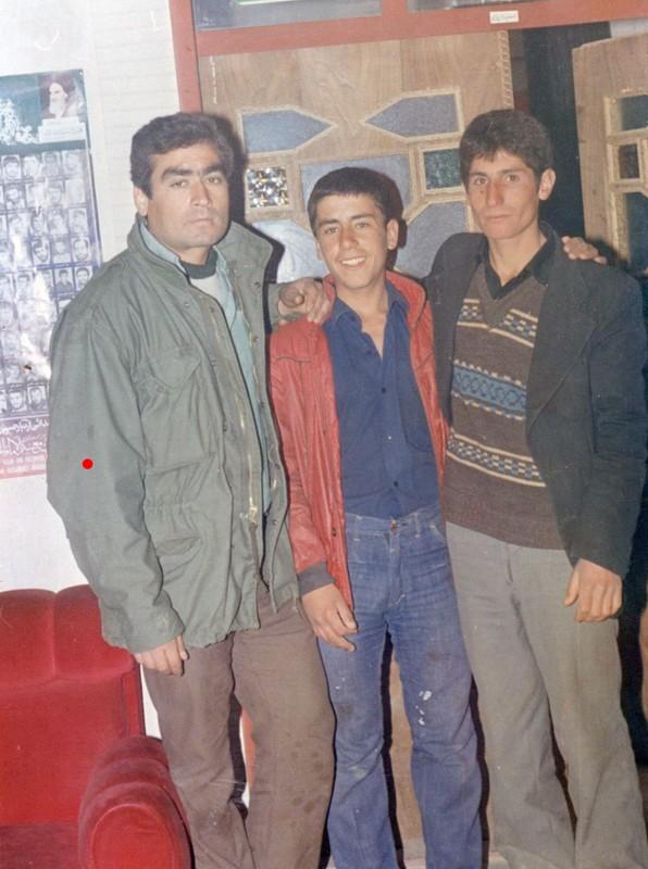 http://www.khatesorkh.ir/uploads/pictures/6104.jpg